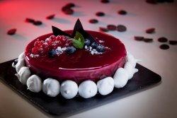 Tort Yoghurt & Frutti di basco felie