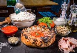 Pizza Fagotto image