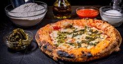 Pizza Pulcinella image