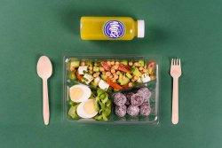 Salată de năut & Ou & Energy balls + Suc de castravete, kiwi, măr