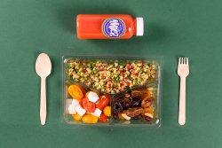 Tabbouleh & Feta și roșii & Fructe, nuci + Suc de rodie, grapefruit și portocală