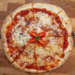 Pizza Margherita image