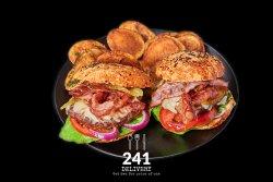 Burgeru` cu Bacon 1+1