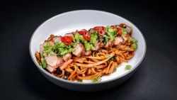 Duck breast with soba noodles image