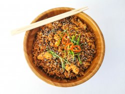 Fried rice with shrimps image