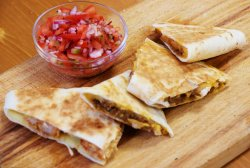 Quesadilla Pulled Pork (nepicant/picant)