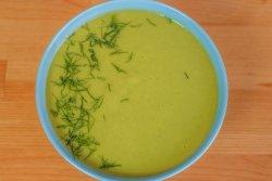 Supă cremă de mazăre cu crutoane