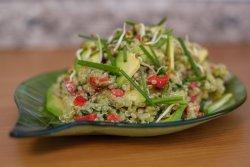 Salată de avocado image