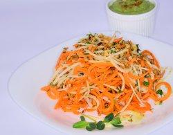 Spaghete din morcovi și gulii cu sos image