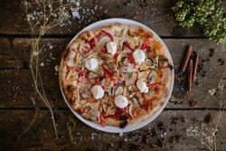 Pizza safari image
