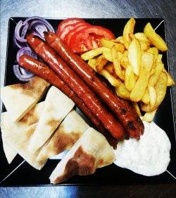 Carnaciori cu cartofi prajiti+1 lipie+sos tzatziki image