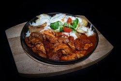 Tigaie picantă & cartofi cu rozmarin