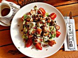 Salată Crispy de pui