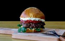 """Burger """"Ăla cu Capră"""" image"""