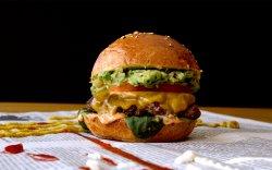 "Burger ""Ăla cu Avocado"" image"