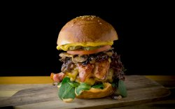 "Burger ""Ăla Mare"" image"
