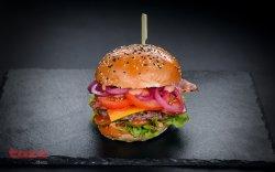 Balaurul Burger image