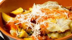 Filetto di manzo alla parmigiana con patate al rosmarino (pe vatră)