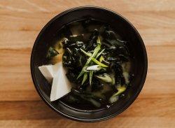 Supă miso / Miso soup image
