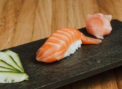 Nigiri de somon / Nigiri salmon image