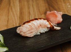 Nigiri de somon prăjit & sos tonkatsu / Nigiri fried salmon & tonkatsu image