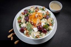 Nr. 32 Quattro formaggi Salad image