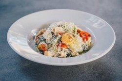 Salată Caesar cu creveți/Caesar salad shrimps