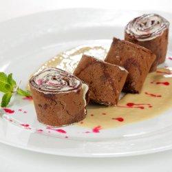 Clătite cu cremă de mascarpone și scorțișoară / Crespelle dolci con crema al mascarpone e canella image