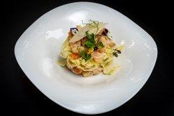 Salata Caesar cu creveti image
