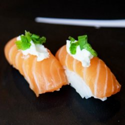 Nigiri salmon & cheese