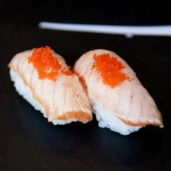Nigiri crispy salmon image