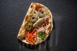Falafel cu sos de vinete și rodii image