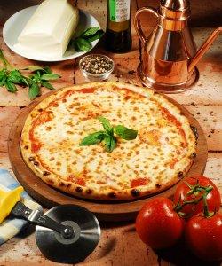 Pizza Margherita 30 cm. image