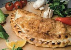 Calzone Con Pomodori Secchi image