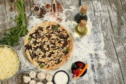 Pizza prosciutto funghi 1+1 image