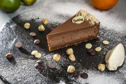 Cheesecake ciocolată cu lapte și alune