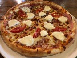 Pizza Vampir 1+1 si 2 doze de bere image