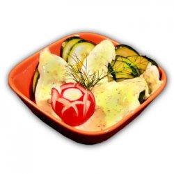 Salată de castraveți cu smântână image