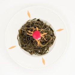 Salată de alge marine