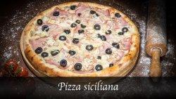 Pizza Siciliană image