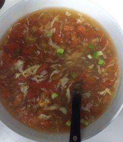 Supă de roșii cu ou image