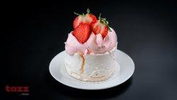Pavlova cu mousse de căpșuni image