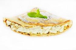 Clătită cu brânză dulce și stafide image