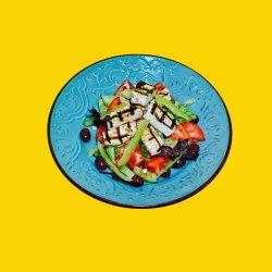 Halloumi salad ( salată cu halloumi la grătar) image