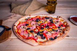 Pizza 1+1 - La Casa image