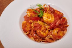 Shrimps Linguine image