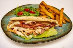 30% REDUCERE: Caesar sandwich image
