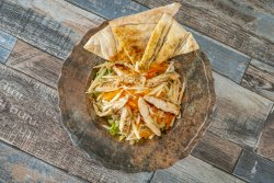 Salată bistro cu pui image