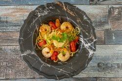 Spaghete aglio olio cu creveți image