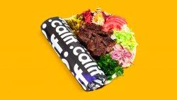Kebab clasic de vită și curcan cu salate în lipie image